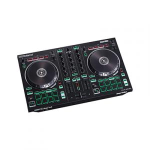 קונטרולר תקליטנים מתקדם ל-Serato DJ עם סאונדים של מערכות תופים אגדיות מבית Roland
